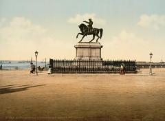 Statue de Napoléon Ier, à Octeville - English: statue of Napoleon I, Cherbourg, France