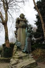 Statue de Jean-François Millet dans le jardin public, à Octeville - Français:   Jardin public de Cherbourg, Manche