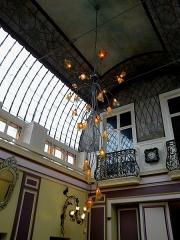 Ancienne maison Royer et Granthille -  Marne Chalons-En-Champagne Les Caudalies Restaurant Lustre 21062016