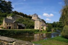 Moulin de Thévalles (également sur commune de Saulges) -  Moulin et château de Thévalles (Chémeré-le-Roi, Mayenne)