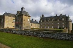 Château de Montecler -  Château de Montecler, Châtres-la-Forêt (Mayenne)