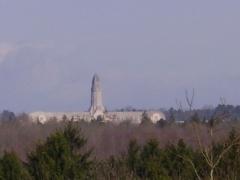 Ossuaire de Douaumont - English: View Douaumont from a distance