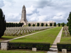 Ossuaire de Douaumont - English: I world war memorial