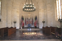 Cimetière américain et la chapelle de Meuse-Argonne - English: Interior of the chapel at the World War I-era Meuse-Argonne American Cemetery and Memorial.  The chapel was designed by American architect Louis Ayres, and dedicated in 1937.