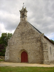 Chapelle Notre-Dame de Bon Secours de Mangolérian - English: Front of the Mangolerian's chapel, in Monterblanc (France). Chapel of the XVth century many a time reshaped and restored.