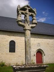 Chapelle Notre-Dame de Bon Secours de Mangolérian - Calvaire de la chapelle de Mangolérian à Monterblanc (Morbihan, France)