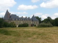 Château du Bois de la Roche -  Face sud du château.