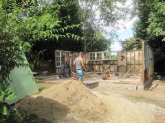 Cité provisoire de Soye - English: Début du remontage a son nouvel emplacement
