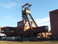 Carreau minier Vuillemin-Wendel - Deutsch: Schachtgerüst Wendel 3 (Doppelschacht).