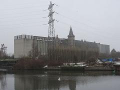 Grands Moulins de Paris -  Friche industrielle des Grands Moulins de Paris, à Marquette (Nord). Le site est en attente de reconversion depuis 1989, année où cette minoterie a cessé ses activités...