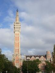 Hôtel de ville - Français:   Hôtel de Ville et son beffroi à Lille, Nord, france