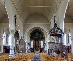 Eglise Saint-Martin - Français:   La nef de l\'église Saint-Martin d\'Arnèke.
