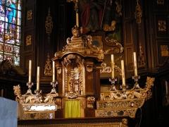 Eglise Saint-Martin -  Arnèke (Nord, France), église St Martin, maître-autel et tabernacle.
