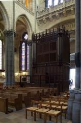 Cathédrale Notre-Dame de la Treille - Le petit orgue de seize jeux situé dans le bras nord du transept de la cathédrale Notre-Dame-de-la-Treille  Lille Nord (département français)