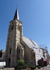 Eglise Saint-Martin - French photographer and Wikimedian