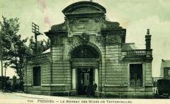 Anciens bureaux de la compagnie de mines de Thivencelles et Fresnes-Midi - Grands bureaux des Mines de Thivencelle à Fresnes-sur-Escaut, Nord, Nord-Pas-de-Calais, France.