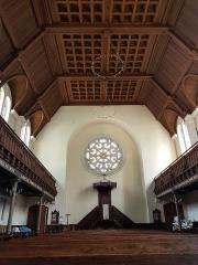 Temple protestant - Français:   Intérieur du temple protestant de Lille, côté coeur