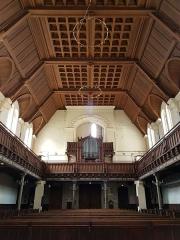 Temple protestant - Français:   Intérieur du temple protestant de Lille, côté orgue