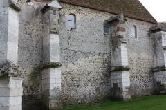 Eglise Saint-Aubin - Français:   Guignecourt - Eglise Saint-Aubin, mur Nord de la nef