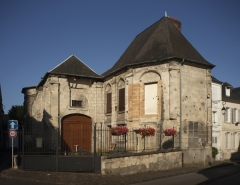 Eglise de la Madeleine - English: Noyon; Ancienne église Sainte-Marie Madeleine; Nord-Pas-de-Calais-Picardie, Oise; France; ref: PM_102957_F_Noyon; Cultural heritage; Europe/France/Noyon; Wiki Commons; photo: Paul M.R.Maeyaert; www.pmrmaeyaert.eu; © Paul M.R. Maeyaert; pmrmaeyaert@gmail.com