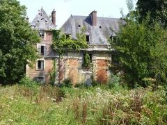 Château et son enceinte - Français:   Château à Maignelay-Montigny (Oise).