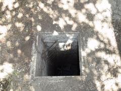 Ancien bâtiment de la salle des pendus et des bains-douches de la fosse n° 12 de la compagnie des mines de Lens - Français:   La Fosse n° 12 de la Compagnie des mines de Lens était un charbonnage constitué d\'un seul puits situé à Loos-en-Gohelle, Pas-de-Calais, Nord-Pas-de-Calais, France.