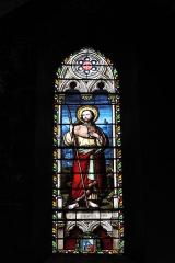 Eglise Saint-Jacques - Deutsch: Katholische Kirche Saint-Jacques in Pau im Département Pyrénées-Atlantiques (Région Aquitaine/Frankreich), Bleiglasfenster mit Signatur E. THIBAUD Clermont/F. 1867, Darstellung: Apostel Jakobus der Ältere