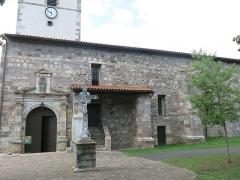 Eglise Saint-Etienne - English: South side of the church Saint-Étienne-de-Baïgorry (Pyrénées-Atlantiques, France).