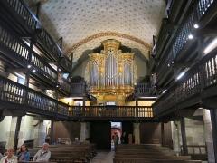 Eglise Saint-Etienne - English: Nave, organ and galleries for the men in the church Saint-Étienne-de-Baïgorry (Pyrénées-Atlantiques, France).