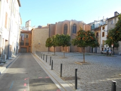 Eglise Saint-Mathieu - Català: Capçalera de l'església i espai de l'antic cementiri