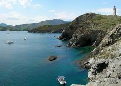 Phare du Cap Béar, situé à la pointe du Cap Béar - English: The nature reserve of Cap Béar is located at the Mediterranean coast of the french department Pyrénées-Orientales.