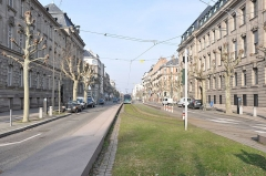 Ancien bâtiment ministériel (ouest) , actuellement Direction régionale des impôts, Direction des services fiscaux du Bas-Rhin (4 place de la République) , Trésorerie générale de la région Alsace et du département du Bas-Rhin (25 avenue des Vosges) -  Avenue de la Paix