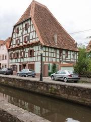 Canal de la Lauter - Deutsch: Fachwerkhaus 51 Faubourg de Bitche, Wissembourg und Lauterkanal