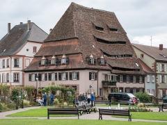 Ancien hôpital dit Maison du sel - Deutsch: Salzhaus in Weissenburg, Elsass/Wissembourg, Alsace