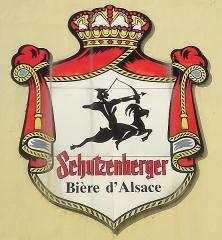 Ancienne grande brasserie de la Patrie Schutzenberger - English: Schutzenberger beer maker logo on brewery located in Schiltigheim, France.