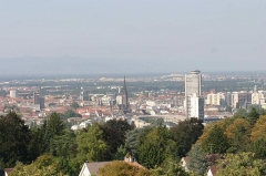 Immeuble dit Bâtiment annulaire - English: Cityscape of Mulhouse from Belvedere