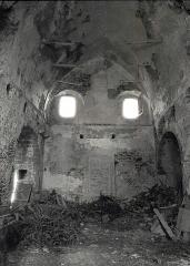Ancienne commanderie de templiers du Gué-Lian - Català: Interior de l'església del Masdéu, des del peu. Any 1987.
