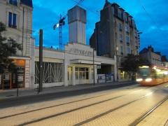 Autogare de la S.T.A.O. (Société des transports automobiles de l'Ouest) -  Le Mans - Tramway - Leclerc/Gares