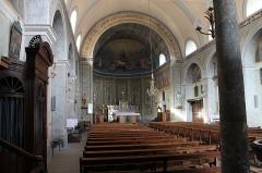 Eglise de Saint-Ferréol située au centre bourg - Français:   Intérieur de l\'église Saint-Ferréol (août 2018).