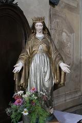 Eglise de Saint-Ferréol située au centre bourg - Français:   Statue de la Vierge de l\'église Saint-Ferréol (août 2018).