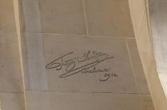 Immeuble (Siège de la Semeuse de Paris) - Deutsch: Ehemaliges Gebäude von La Semeuse de Paris, 16, rue du Louvre/rue Bailleul im 1. Arrondissement von Paris, 1912 von dem Architekten Frantz Jourdain für Ernest Cognacq errichtet, Signatur: Frantz Jourdain Architecte 1912