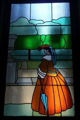 Immeuble (Siège de la Semeuse de Paris) - Deutsch: Ehemaliges Gebäude von La Semeuse de Paris, 16, rue du Louvre/rue Bailleul im 1. Arrondissement von Paris, 1912 von dem Architekten Frantz Jourdain für Ernest Cognacq errichtet, Fenster im Treppenhaus von Francis Jourdain