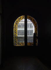 Immeuble - English: 61 rue Réaumur, Paris 2nd arrondissement; window in the stairway.