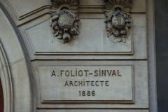 Immeuble - Deutsch: Haus 53 rue du Faubourg-Poissonnière in Paris (9. Arrondissement), Inschrift: «A. FOLIOT-SINVAL Architecte 1886»