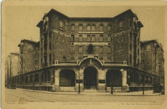 Palais de la Femme -  Palais de la Femme, an hotel for women of the Salvation Army. General view. Address: 84 rue de Charonne; Paris 11. France. Old postcard