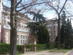 Cité internationale universitaire : Fondation des Etats-Unis - Français:   Printemps à la Fondation des Etats-Unis