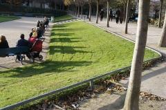 Square Saint-Lambert - Français:   lumière d\'automne