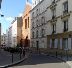 Eglise Saint-Michel dite des Batignolles - Français:   Rue Saint-Jean - Paris XVII