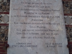 Château d'eau-marégraphe - English: Commemorative plaque to Robert Fulton, Rouen, Normandy