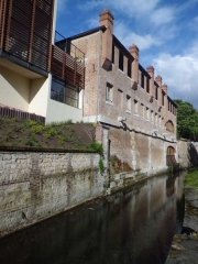 Ancienne teinturerie Auvray - English: Robec stream and former dying factory Auvray